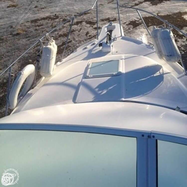 2001 Bayliner boat for sale, model of the boat is 2858 CIERA COMMAND BRIDGE & Image # 3 of 37