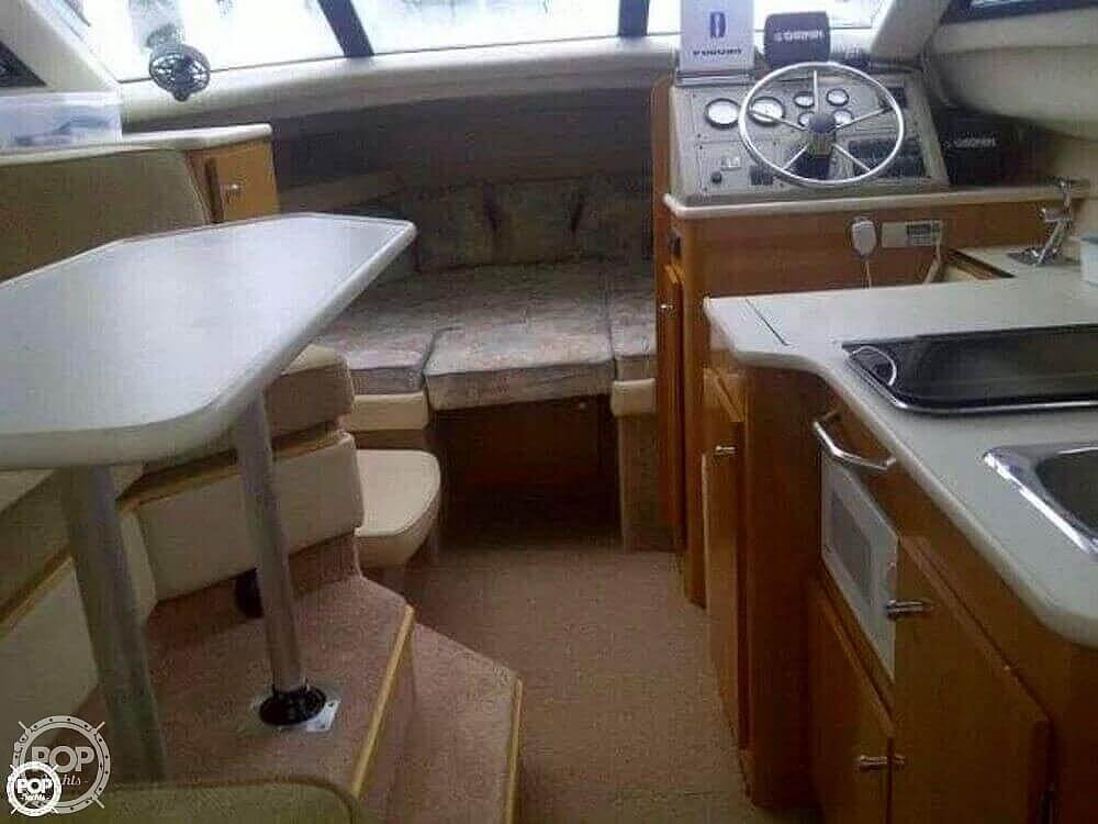 2001 Bayliner boat for sale, model of the boat is 2858 CIERA COMMAND BRIDGE & Image # 12 of 37