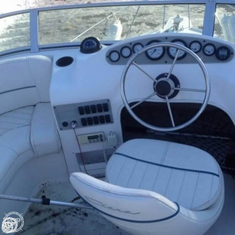 2001 Bayliner boat for sale, model of the boat is 2858 CIERA COMMAND BRIDGE & Image # 15 of 37