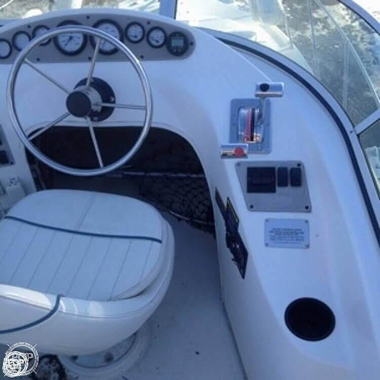 2001 Bayliner boat for sale, model of the boat is 2858 CIERA COMMAND BRIDGE & Image # 17 of 37