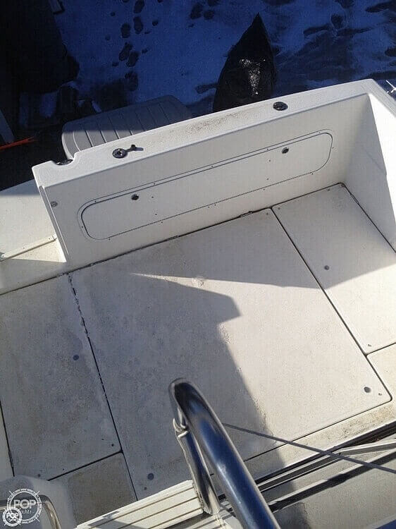 2001 Bayliner boat for sale, model of the boat is 2858 CIERA COMMAND BRIDGE & Image # 27 of 37