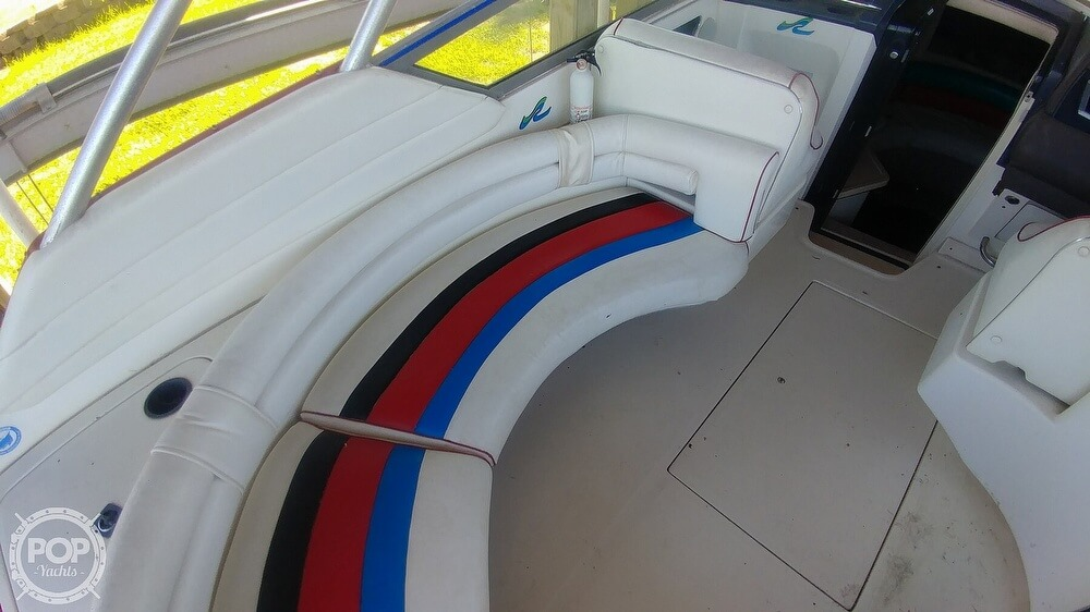 1991 Sea Ray boat for sale, model of the boat is 370 Sunsport & Image # 26 of 40