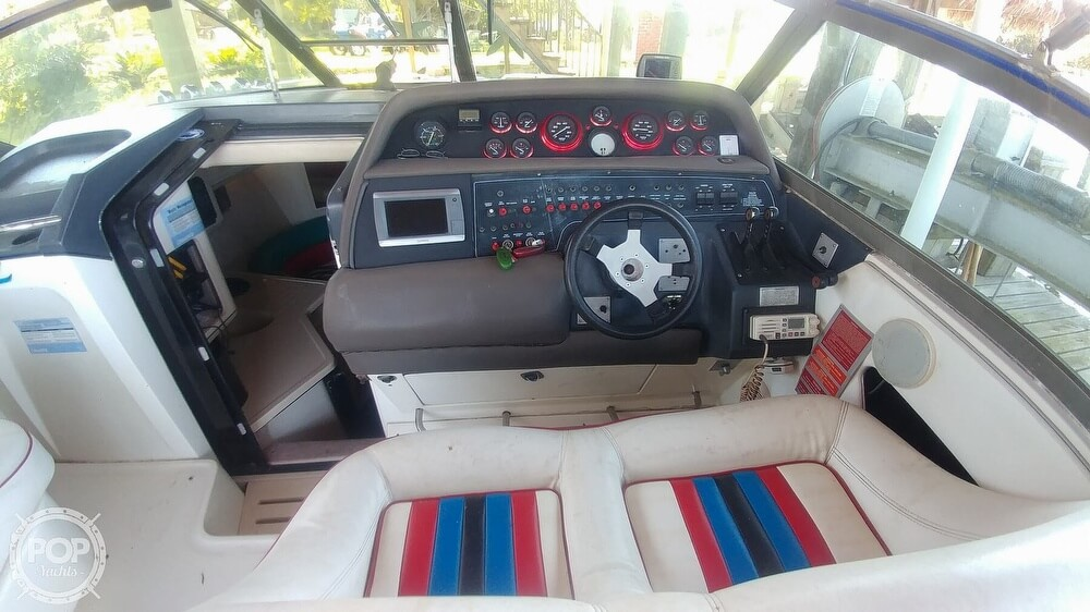 1991 Sea Ray boat for sale, model of the boat is 370 Sunsport & Image # 9 of 40