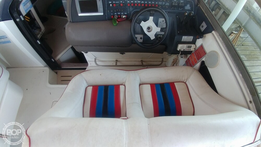 1991 Sea Ray boat for sale, model of the boat is 370 Sunsport & Image # 34 of 40