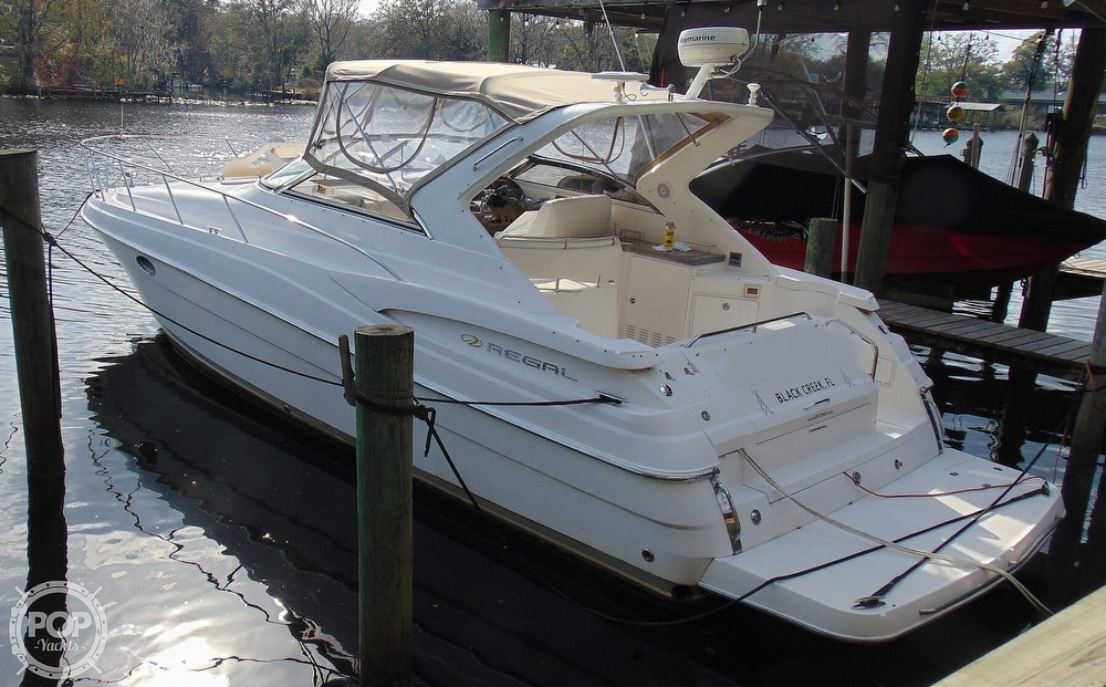 2005 Regal boat for sale, model of the boat is 3560 Commodore & Image # 2 of 40