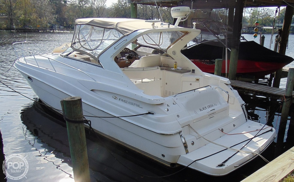 2005 Regal boat for sale, model of the boat is 3560 Commodore & Image # 23 of 40