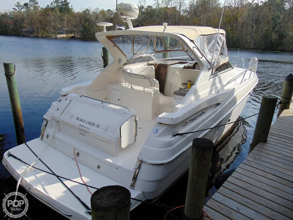 2005 Regal boat for sale, model of the boat is 3560 Commodore & Image # 27 of 40