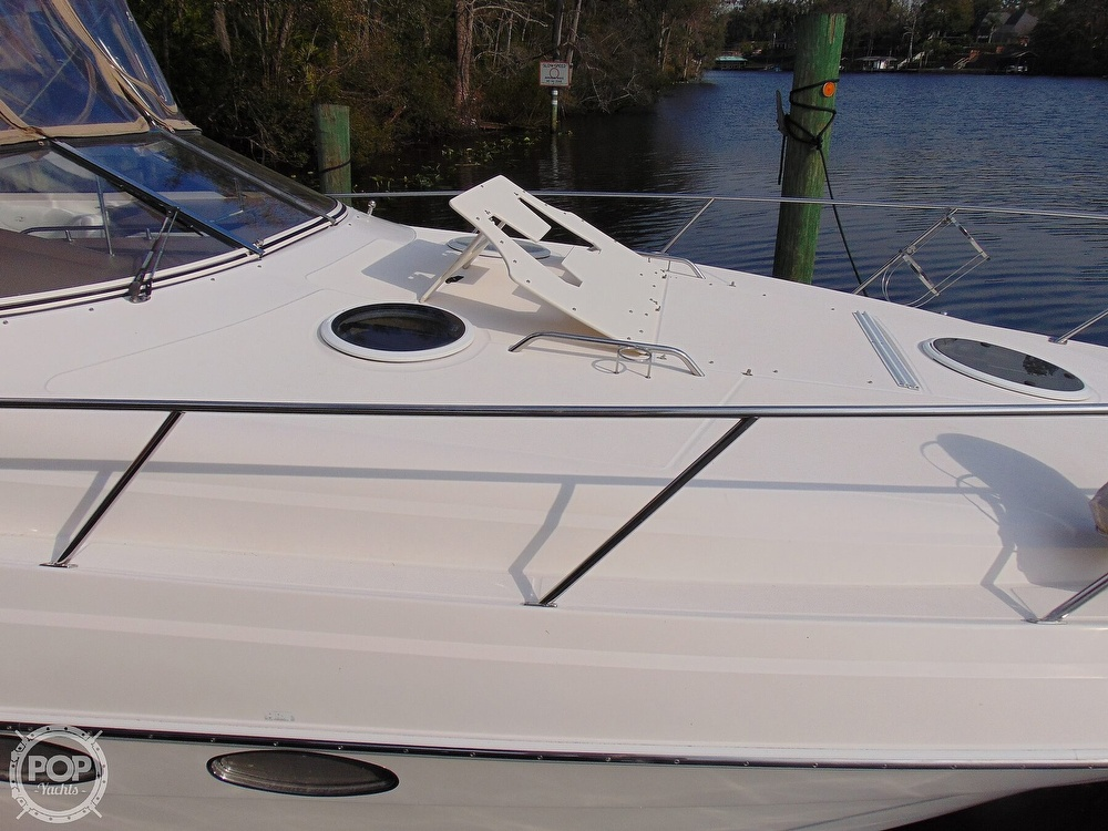 2005 Regal boat for sale, model of the boat is 3560 Commodore & Image # 33 of 40