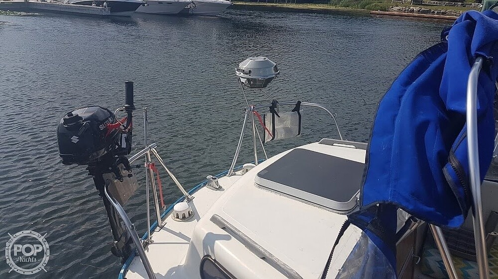 1976 Albin Yachts boat for sale, model of the boat is 25 Deluxe & Image # 5 of 41