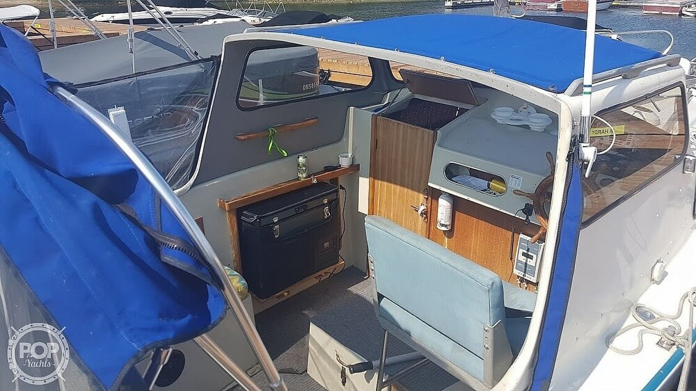 1976 Albin Yachts boat for sale, model of the boat is 25 Deluxe & Image # 11 of 41