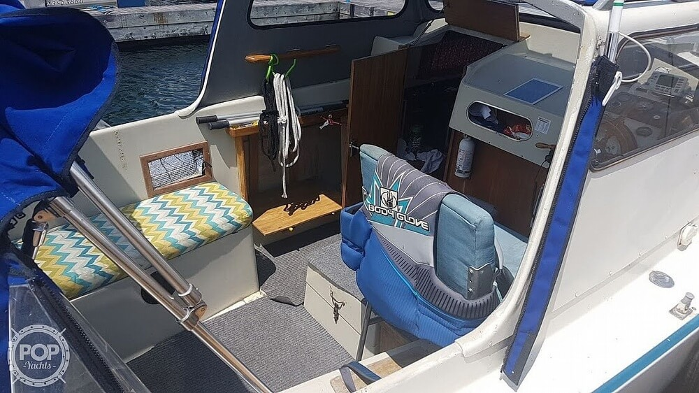 1976 Albin Yachts boat for sale, model of the boat is 25 Deluxe & Image # 12 of 41