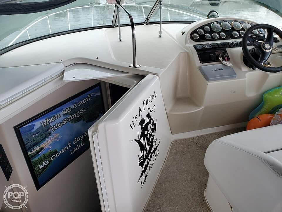 2000 Cruisers Yachts boat for sale, model of the boat is 2870 & Image # 3 of 11