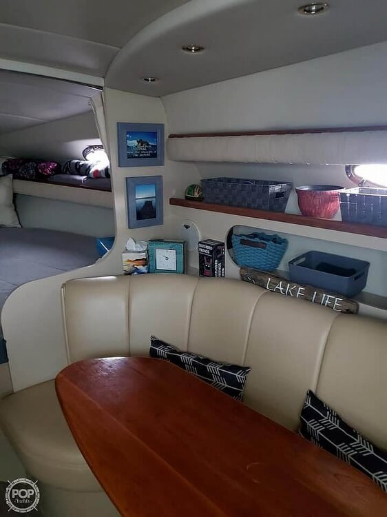2000 Cruisers Yachts boat for sale, model of the boat is 2870 & Image # 8 of 11
