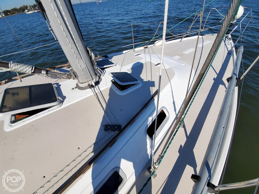 1985 Catalina Yachts boat for sale, model of the boat is 36 & Image # 29 of 40