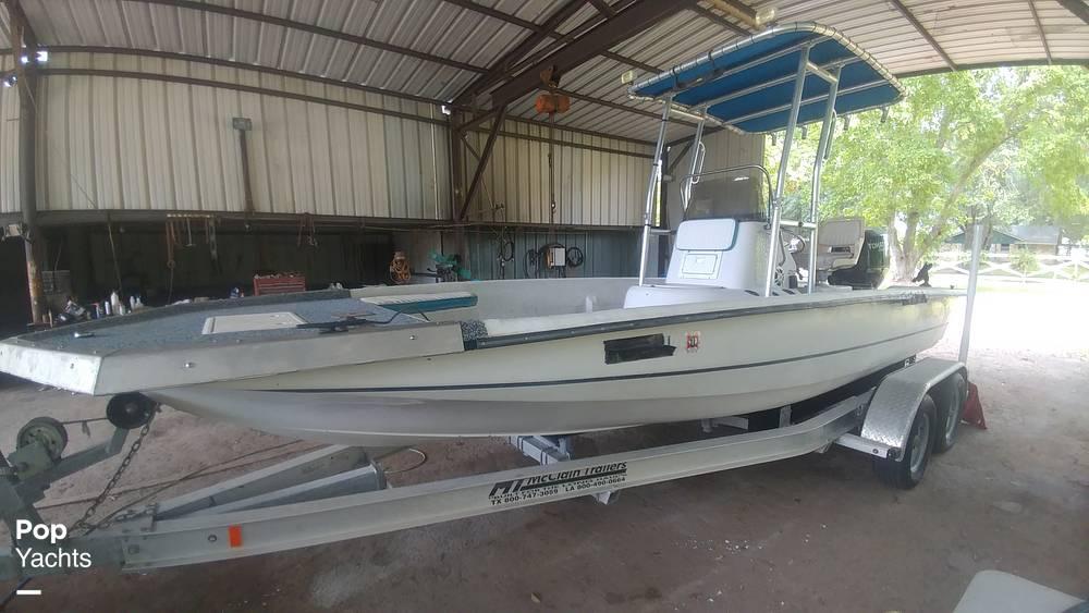 "21"" Bay Boat 2015 Tohatsu 150 Hp"