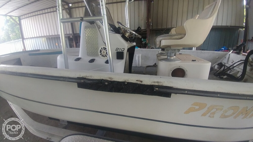 2000 Sprint boat for sale, model of the boat is Promaster 21 & Image # 20 of 40