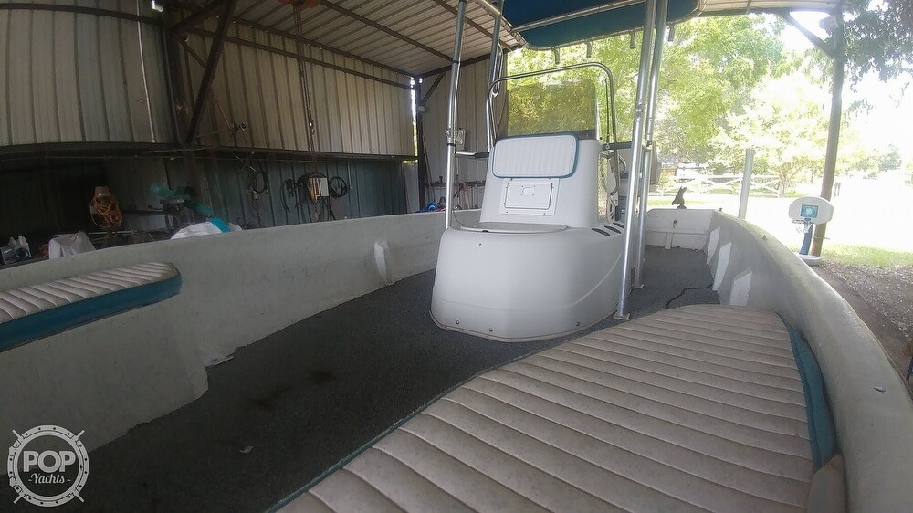 2000 Sprint boat for sale, model of the boat is Promaster 21 & Image # 25 of 40