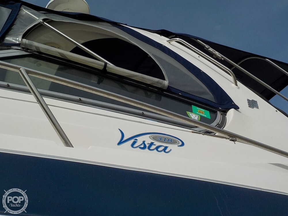 2006 Four Winns boat for sale, model of the boat is 318 Vista & Image # 2 of 40