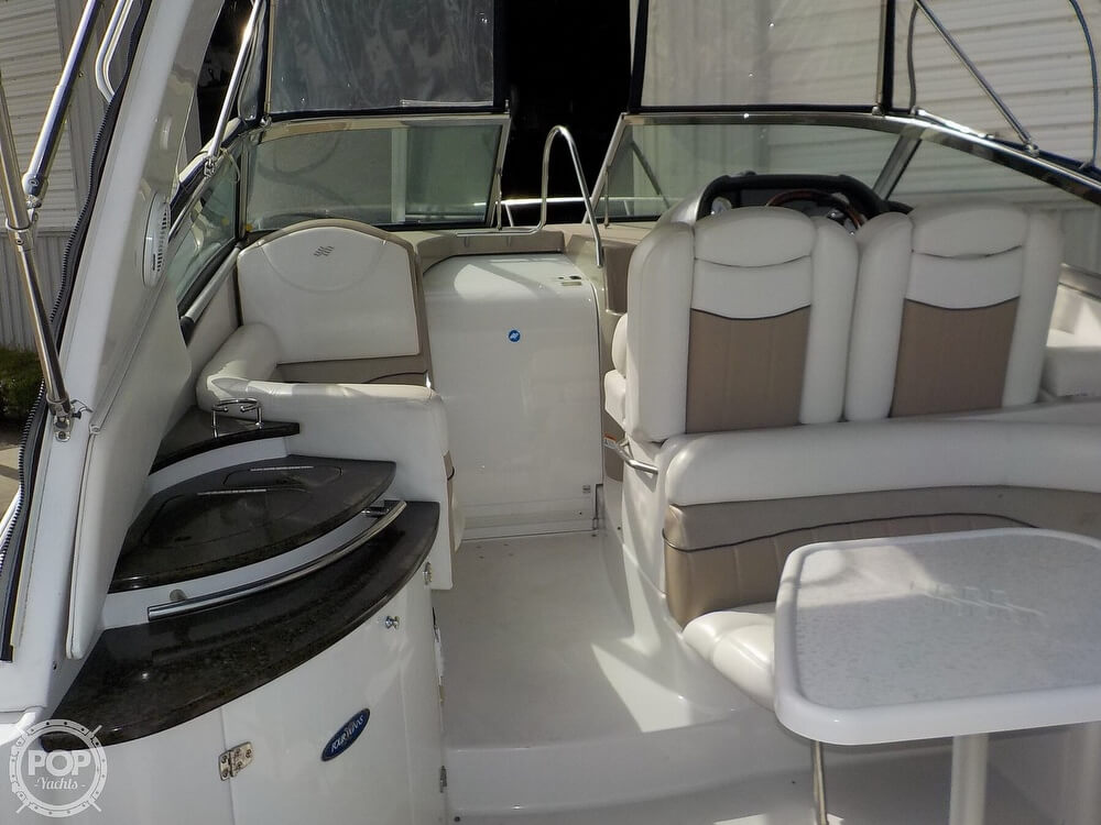 2006 Four Winns boat for sale, model of the boat is 318 Vista & Image # 6 of 40