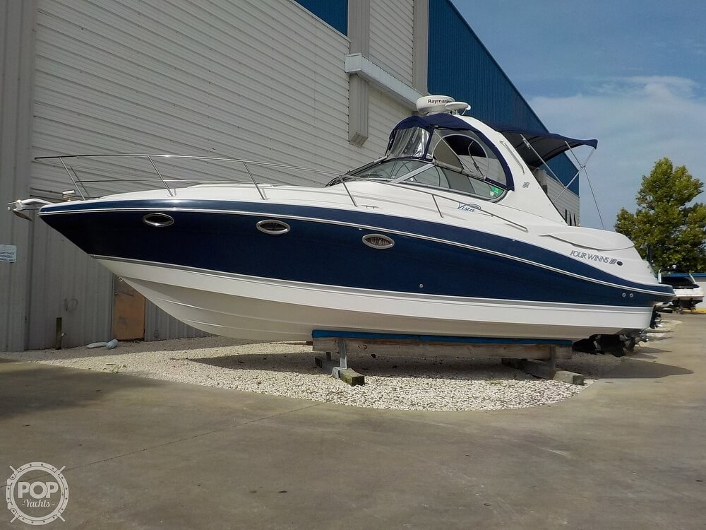 2006 Four Winns boat for sale, model of the boat is 318 Vista & Image # 16 of 40