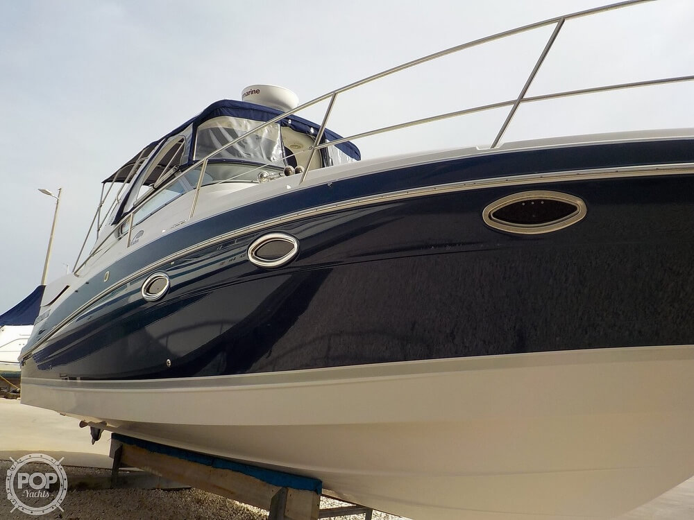 2006 Four Winns boat for sale, model of the boat is 318 Vista & Image # 21 of 40