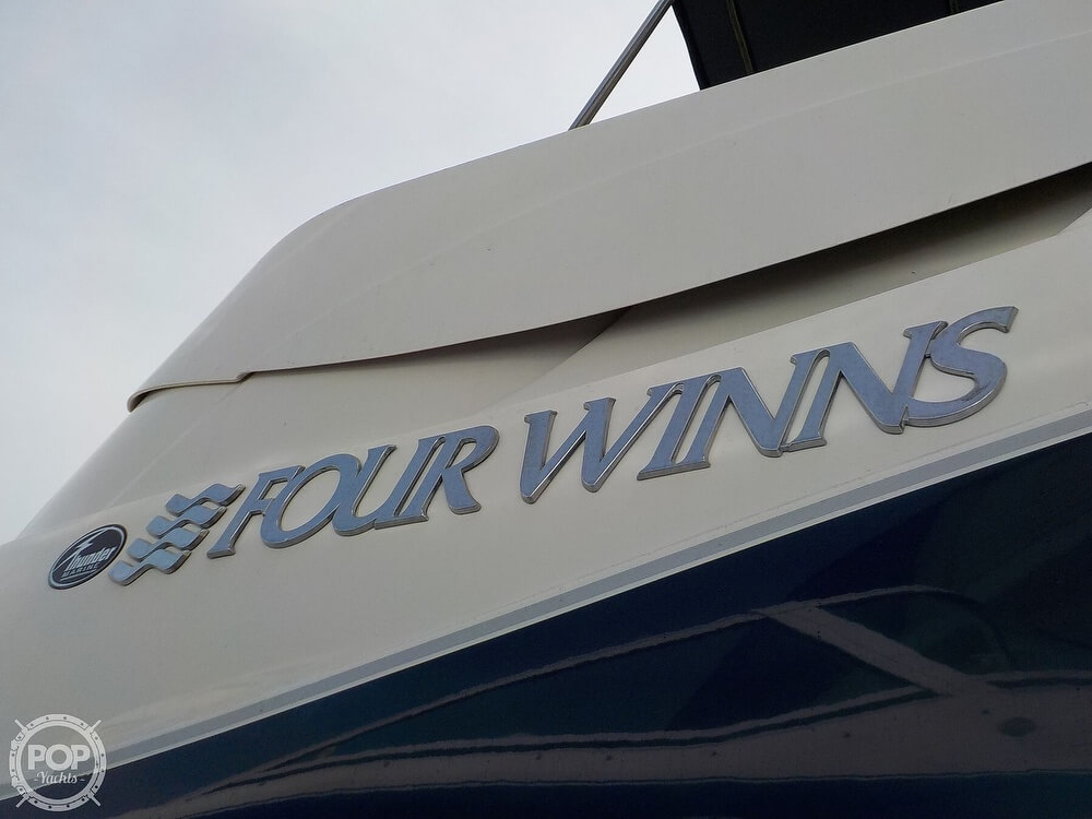 2006 Four Winns boat for sale, model of the boat is 318 Vista & Image # 23 of 40
