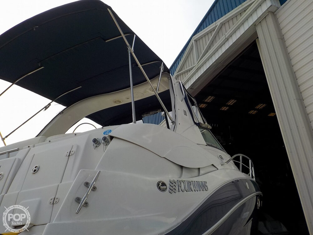 2006 Four Winns boat for sale, model of the boat is 318 Vista & Image # 26 of 40