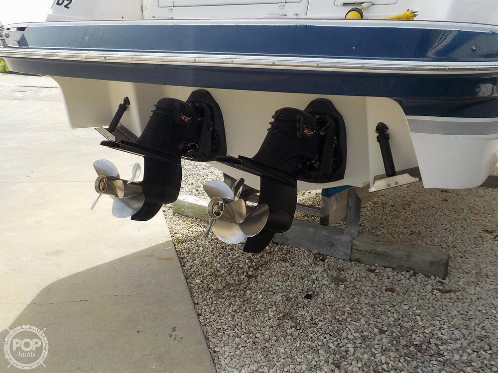 2006 Four Winns boat for sale, model of the boat is 318 Vista & Image # 27 of 40