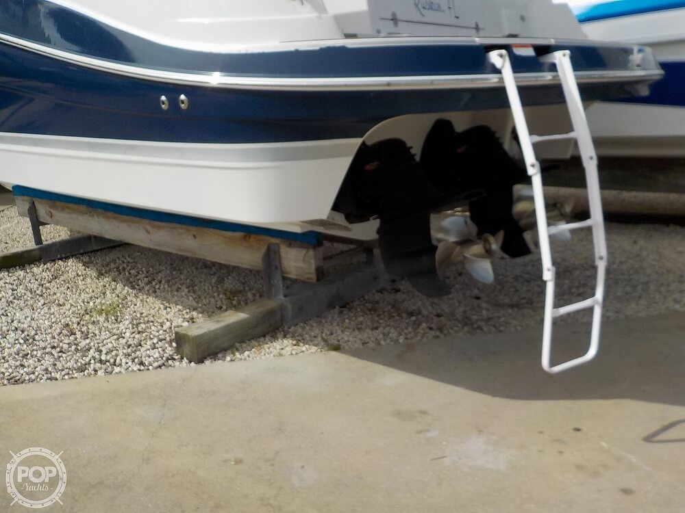 2006 Four Winns boat for sale, model of the boat is 318 Vista & Image # 32 of 40