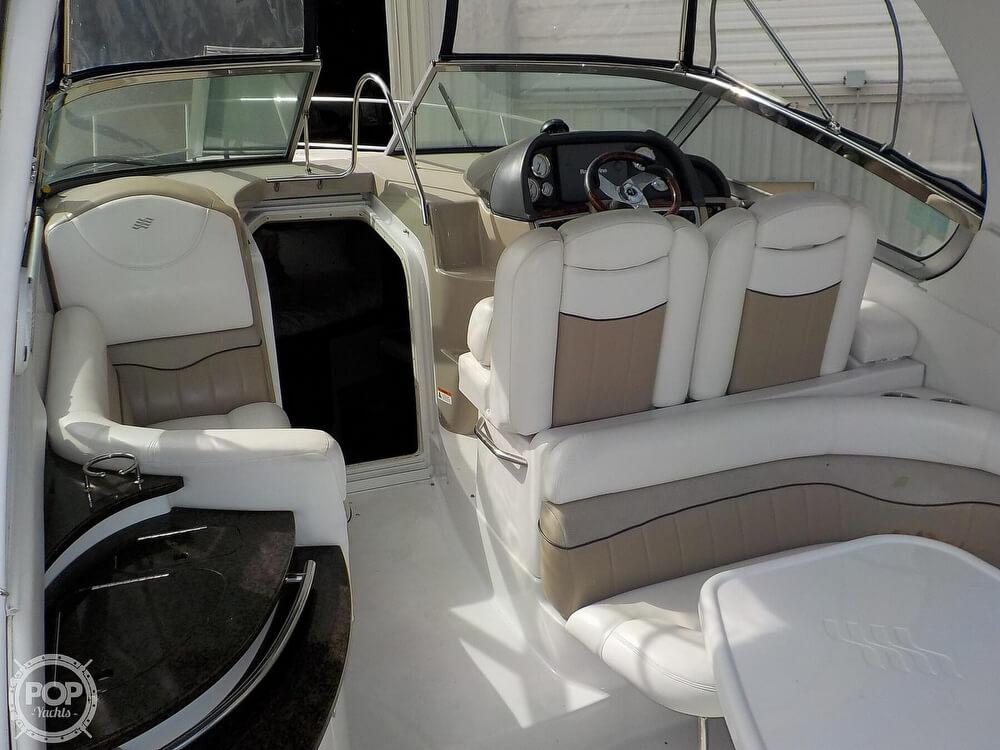 2006 Four Winns boat for sale, model of the boat is 318 Vista & Image # 37 of 40
