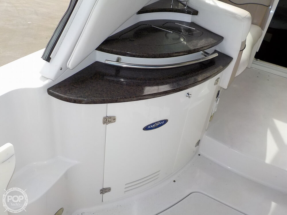 2006 Four Winns boat for sale, model of the boat is 318 Vista & Image # 39 of 40