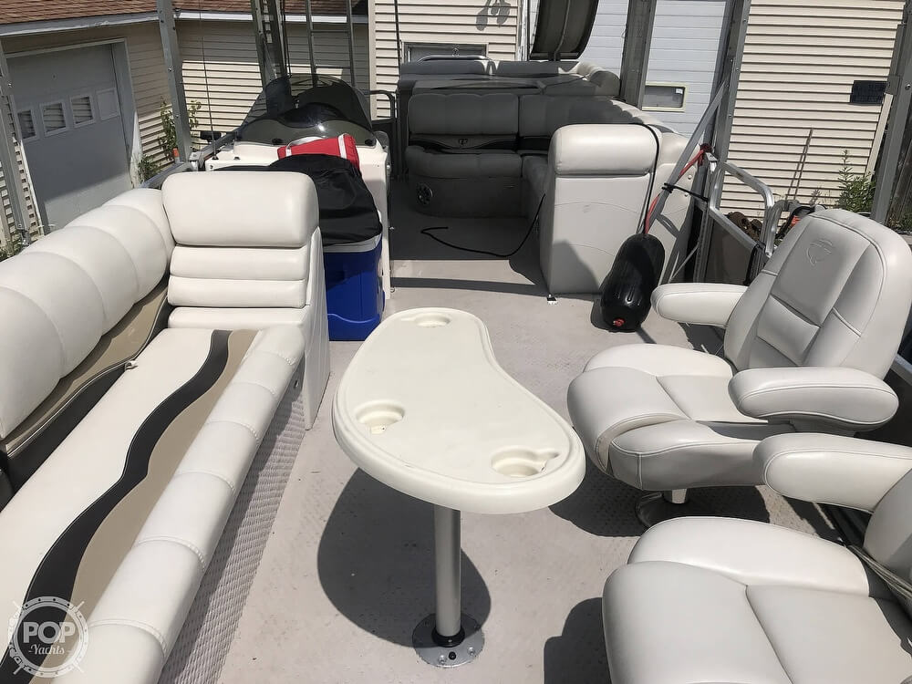 2012 Tahoe boat for sale, model of the boat is VT 2685 Funship & Image # 4 of 40