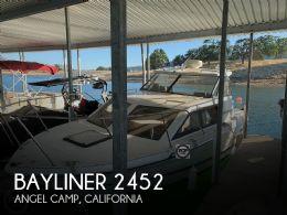 1995 Bayliner 2452 Classic