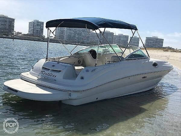 2008 Sea Ray boat for sale, model of the boat is 240 Sun Deck & Image # 2 of 40