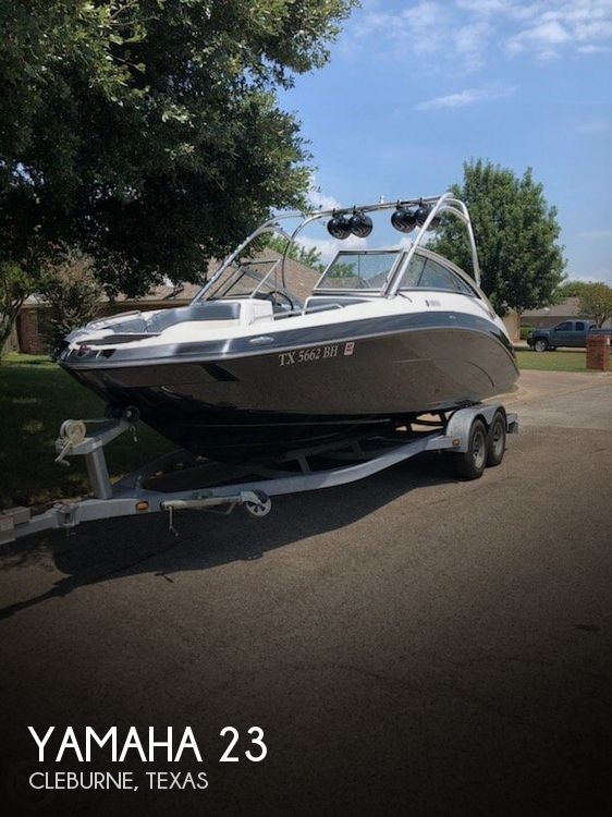 Used Yamaha Boats For Sale in Texas by owner | 2011 Yamaha 23