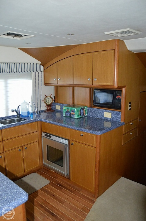 2003 Ocean Yachts boat for sale, model of the boat is 65 & Image # 25 of 40