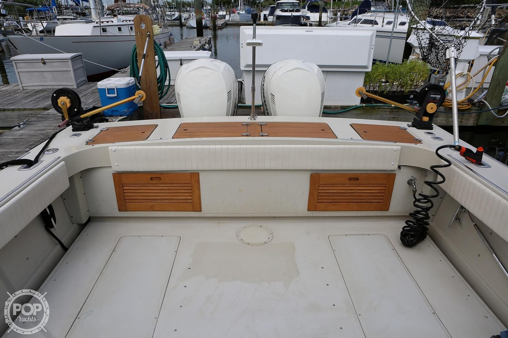 1989 Boston Whaler boat for sale, model of the boat is Outrage 27 & Image # 5 of 40