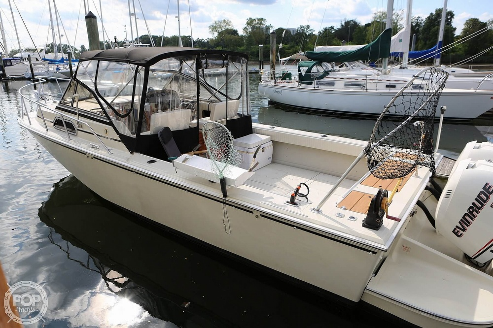 1989 Boston Whaler boat for sale, model of the boat is Outrage 27 & Image # 10 of 40
