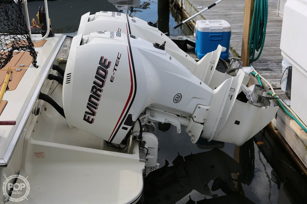 1989 Boston Whaler boat for sale, model of the boat is Outrage 27 & Image # 28 of 40