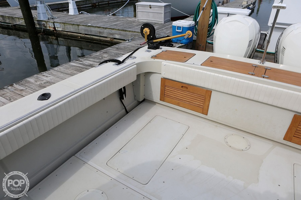 1989 Boston Whaler boat for sale, model of the boat is Outrage 27 & Image # 33 of 40