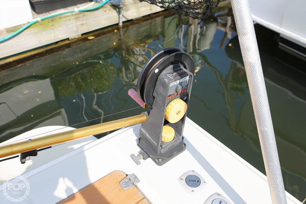 1989 Boston Whaler boat for sale, model of the boat is Outrage 27 & Image # 39 of 40