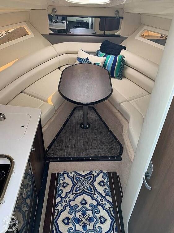 2017 Monterey 295 Sports Yacht - image 14