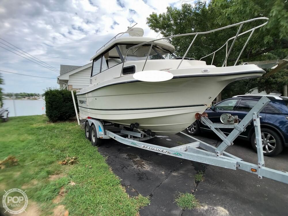 2002 Trophy boat for sale, model of the boat is Pro 2359 WA & Image # 5 of 40