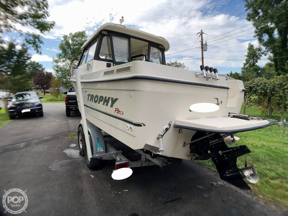 2002 Trophy boat for sale, model of the boat is Pro 2359 WA & Image # 8 of 40