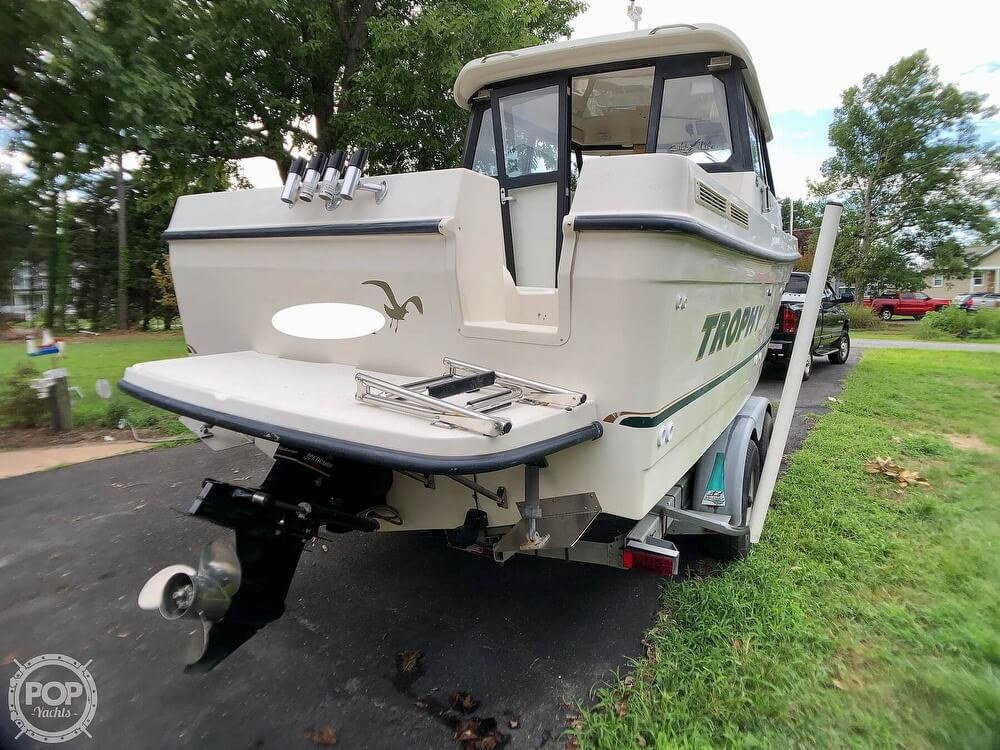 2002 Trophy boat for sale, model of the boat is Pro 2359 WA & Image # 2 of 40