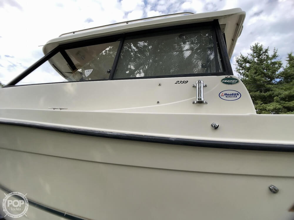 2002 Trophy boat for sale, model of the boat is Pro 2359 WA & Image # 24 of 40