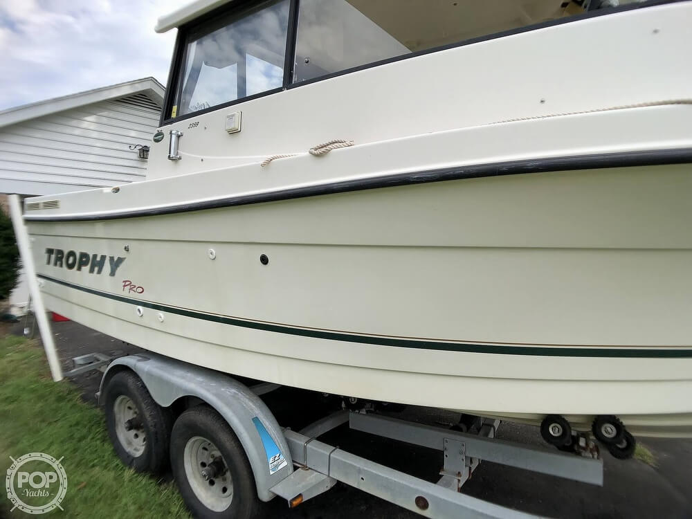 2002 Trophy boat for sale, model of the boat is Pro 2359 WA & Image # 36 of 40