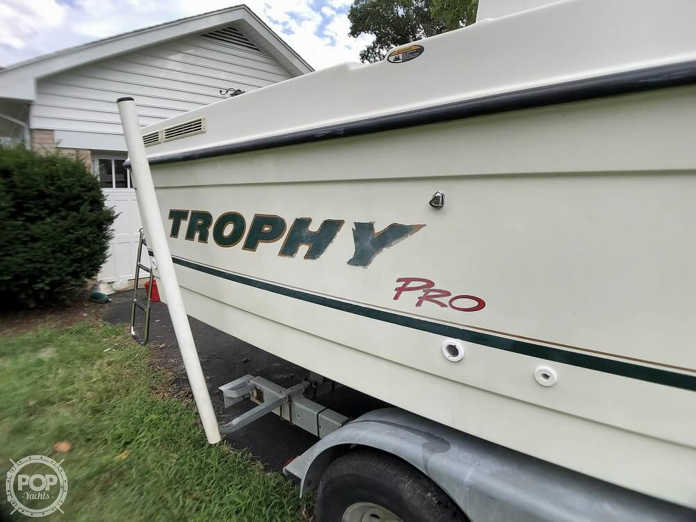 2002 Trophy boat for sale, model of the boat is Pro 2359 WA & Image # 37 of 40