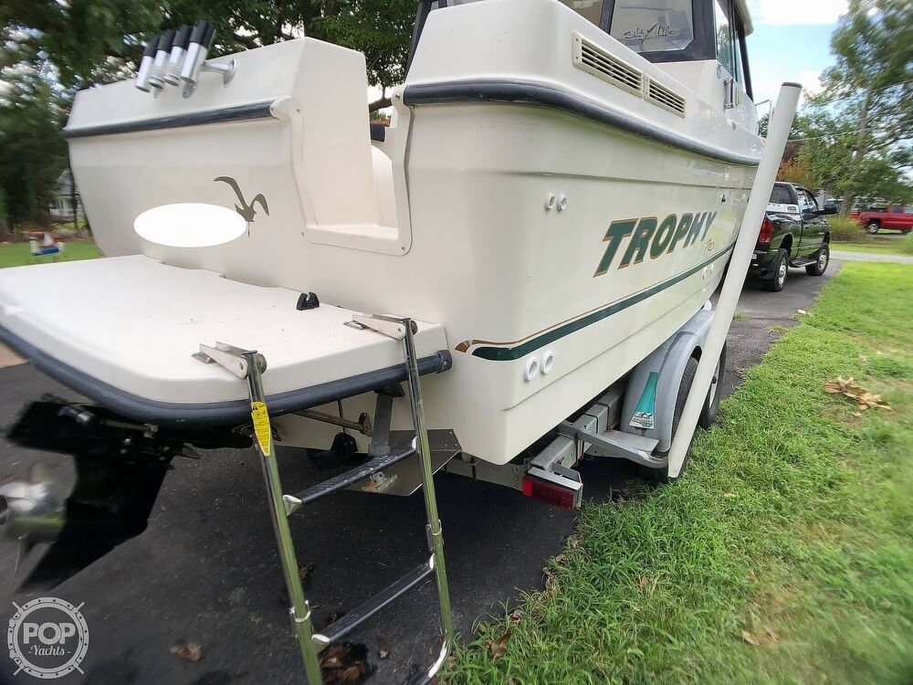 2002 Trophy boat for sale, model of the boat is Pro 2359 WA & Image # 39 of 40