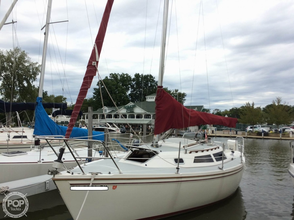 1991 Catalina Yachts boat for sale, model of the boat is Capri 26 & Image # 15 of 40